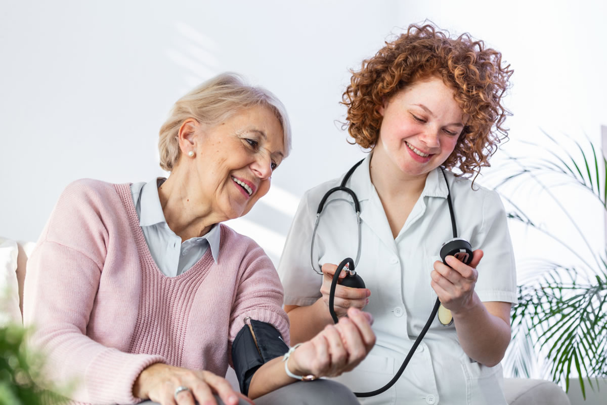 How to Establish a Healthy Relationship with Your Caregiver