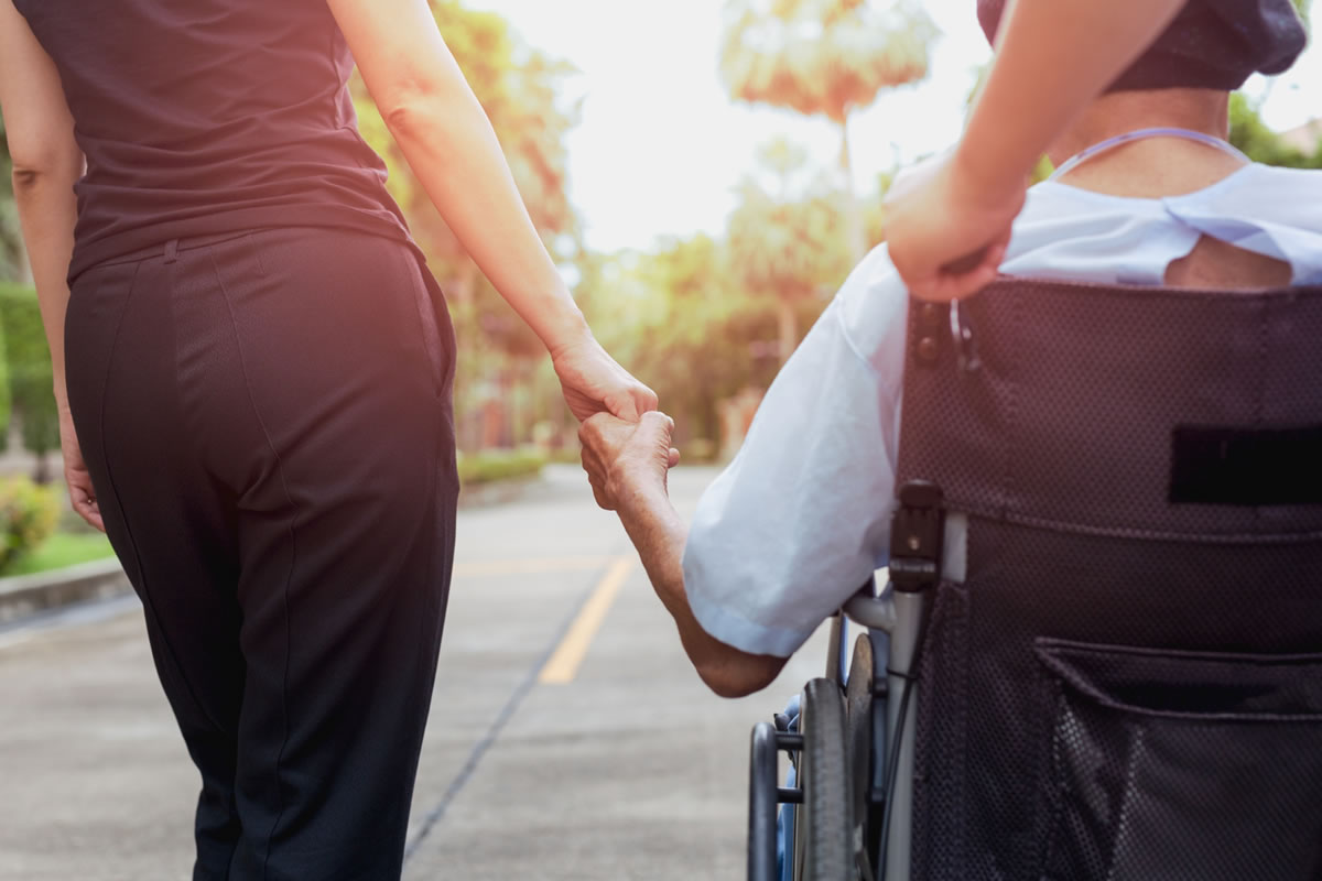Five Ways You Can Help Your Elderly Relatives